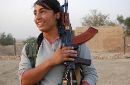ejercito-sirio-de-mujeres(3)